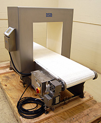 used FOOD GRADE METAL DETECTOR with BELT CONVEYOR, large opening 22x23, Alard item Y3353