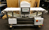 Used FOOD METAL DETECTOR with BELT CONVEYOR, 20x6, Goring Kerr DSP2, Alard item Y3700