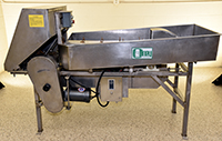 Used Olney Model 1, SHALLOT TRIMMER, RADISH TRIMMER, CONTINUOUS high volume; Alard item Y1519