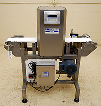 used RECONDITIONED FOOD PROCESS METAL DETECTOR with CONVEYOR, 7x8, stainless steel, Lock HDS; Alard item Y1827