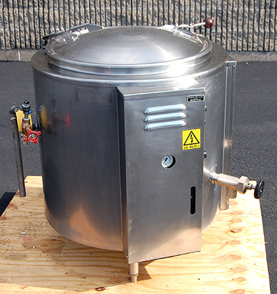 used Groen 30 GALLON SELF-CONTAINED ELECTRIC KETTLE, food grade stainless steel, Alard item Y3580