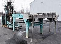 used Whallon MAGNETIC CAN DEPALLETIZER, AUTOMATIC, SINGLE HIGH, Alard item Y4161